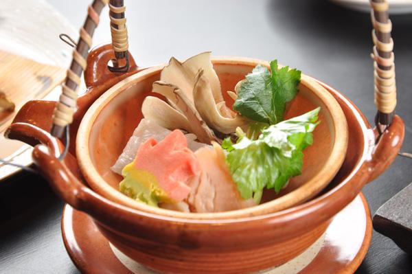 http://www.chikurinbou.com/news/topics/images/1610kaiseki331.jpg