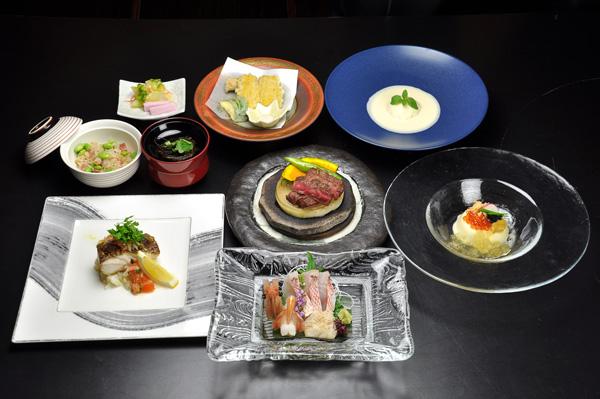 http://www.chikurinbou.com/news/topics/images/1908kaiseki237.jpg