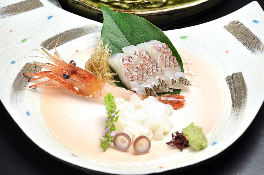 http://www.chikurinbou.com/news/topics/images/1910kaiseki243.jpg